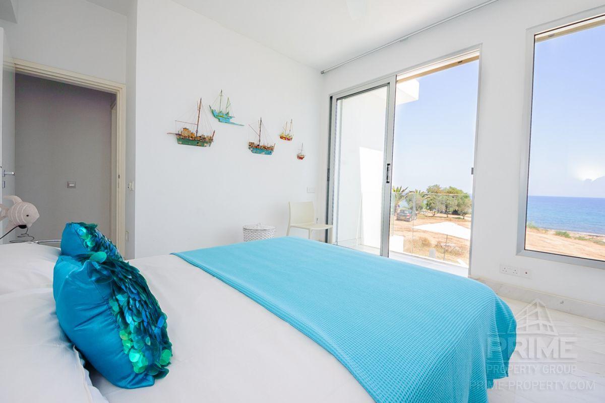 Long-term lease to the island of Agia Triada