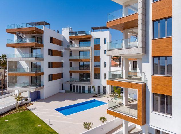Недвижимость на кипре продажа объявления красивые дома в дубае фото